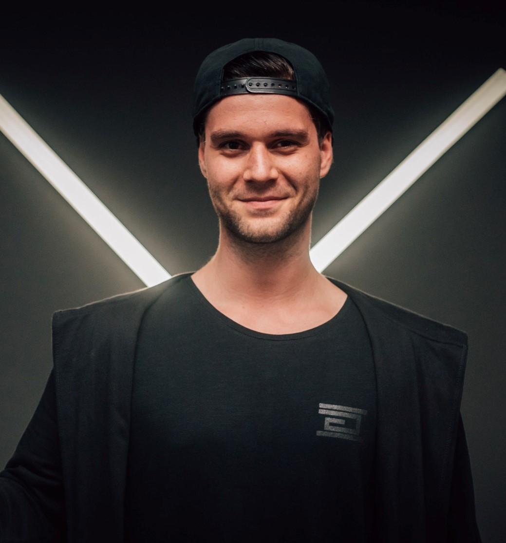 Erik Grosar